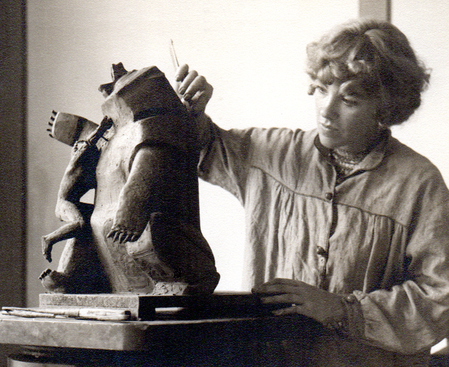 Eric's mother, Lily Swann, was a Sculptor, Artist and Educator. She met Eero while a student of Eliel Saarinen, Eero's father.